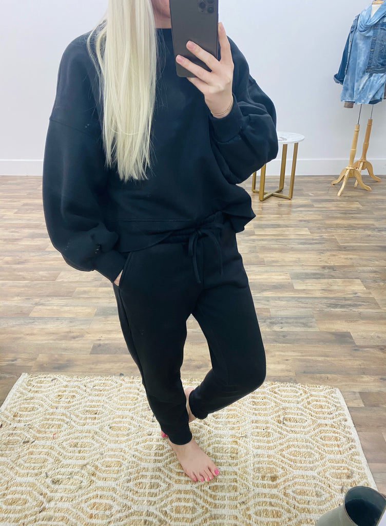 The Abby Jogger Set in Black