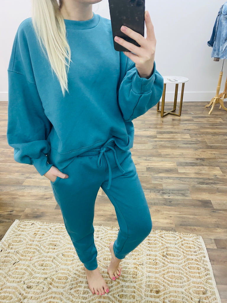 The Abby Jogger Set in Teal