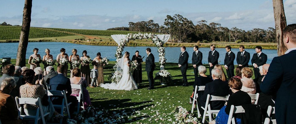 Making the most of Summer sun this wedding season! - Aravina Estate