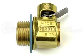 Oil drain valve Fumoto F-105 - AZE Performance