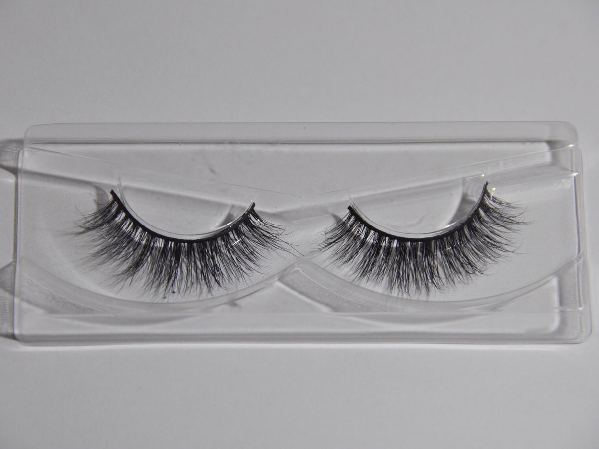 Paris Wispy Lashes (A01)