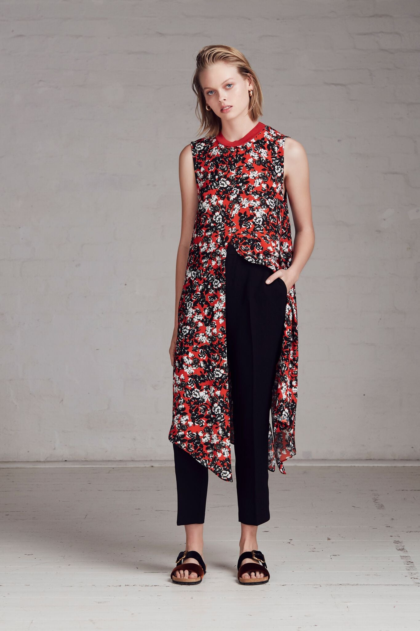 FWRD the Label Velma Longline Top - Floral - Stevie May, The East Order, Talulah, Pasduchas, Everly Collective