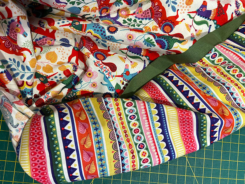 keep pulling the pillowcase fabric out of the tube