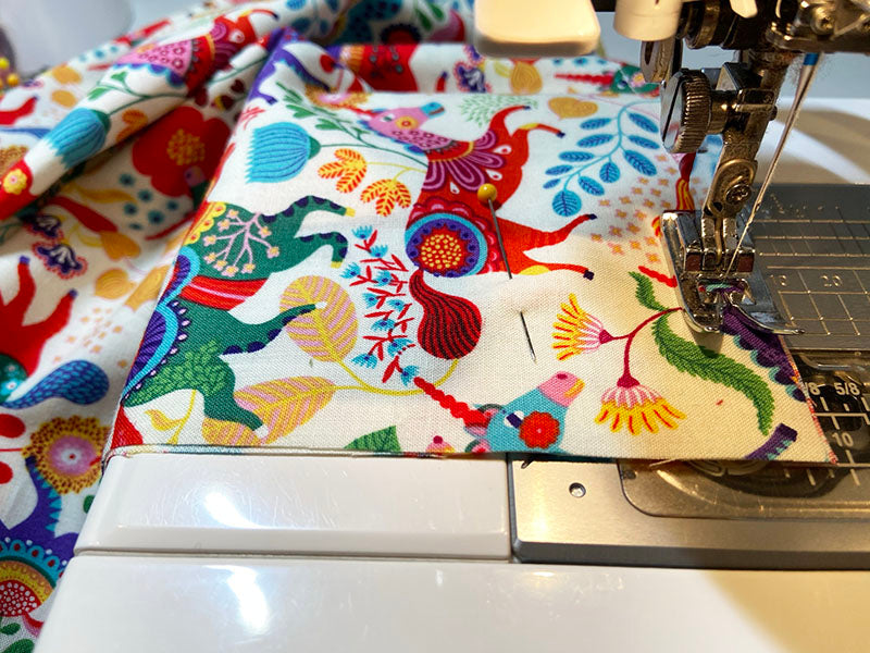 sewing the corner of the pillowcase