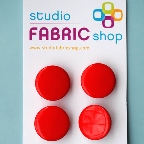 Shiny red German buttons (23mm)