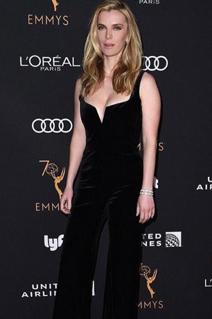 Betty Gilpin wears Galvan to pre-Emmys party