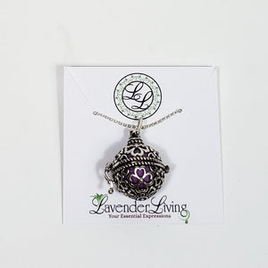 Deluxe Diffuser Clover Necklace Gift Crate Ethereal