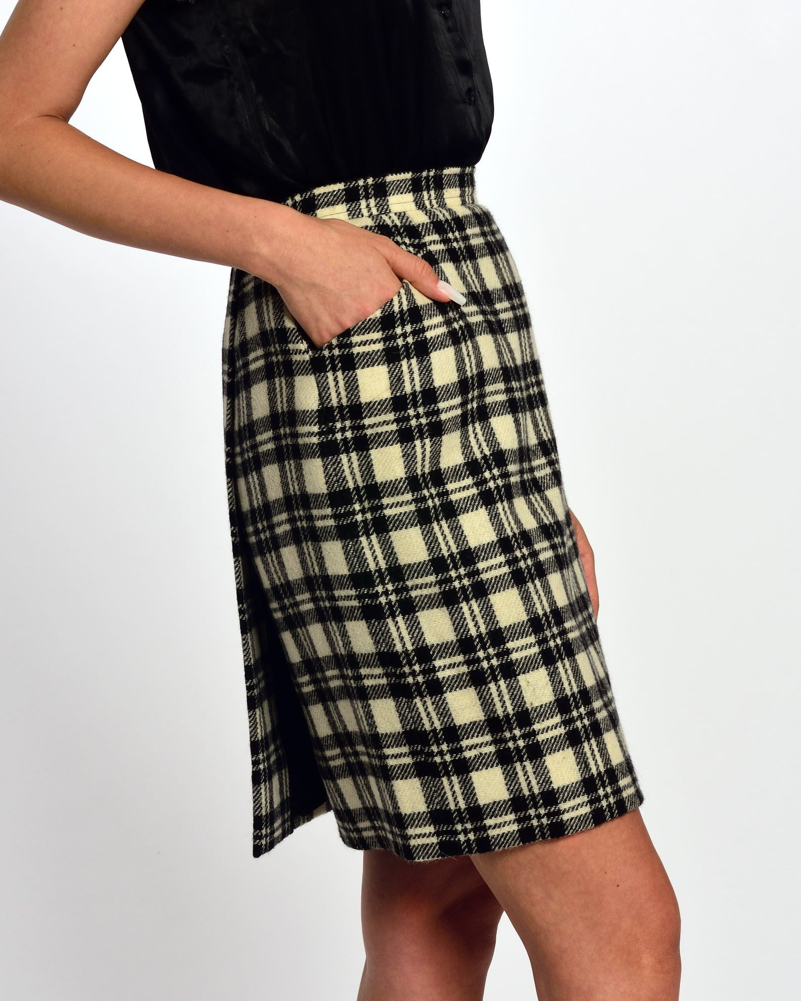Black and White Tartan Tailleur