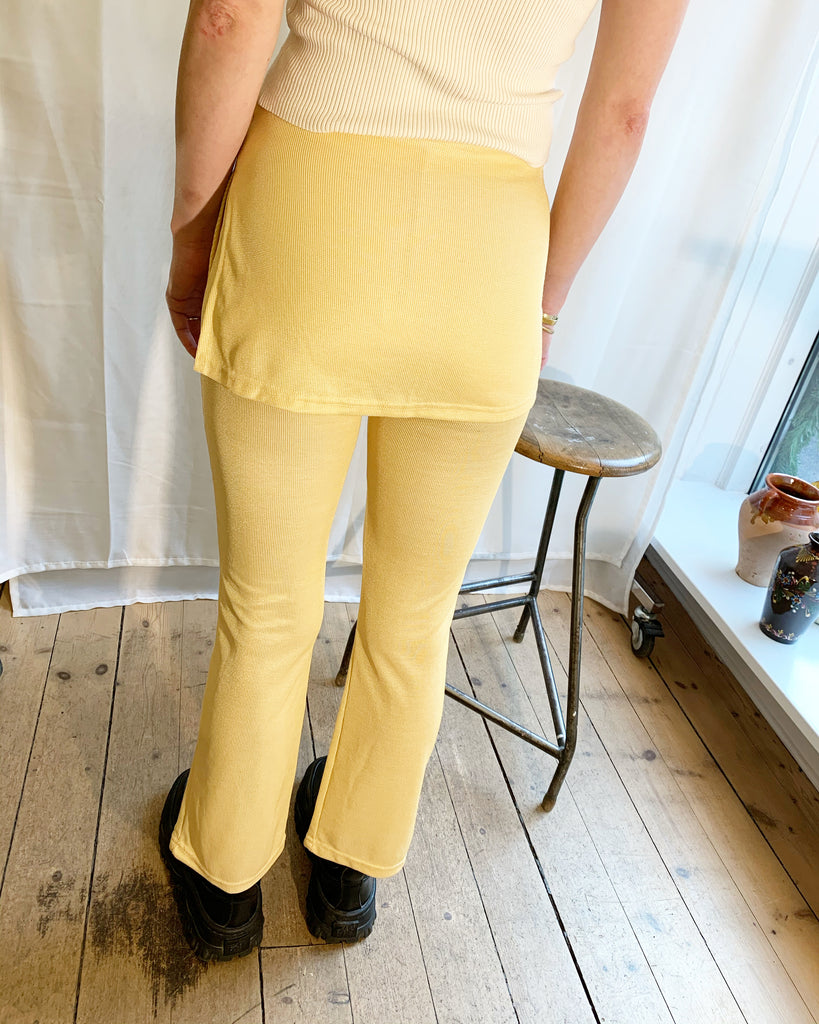 Cute yellow pants with miniskirt
