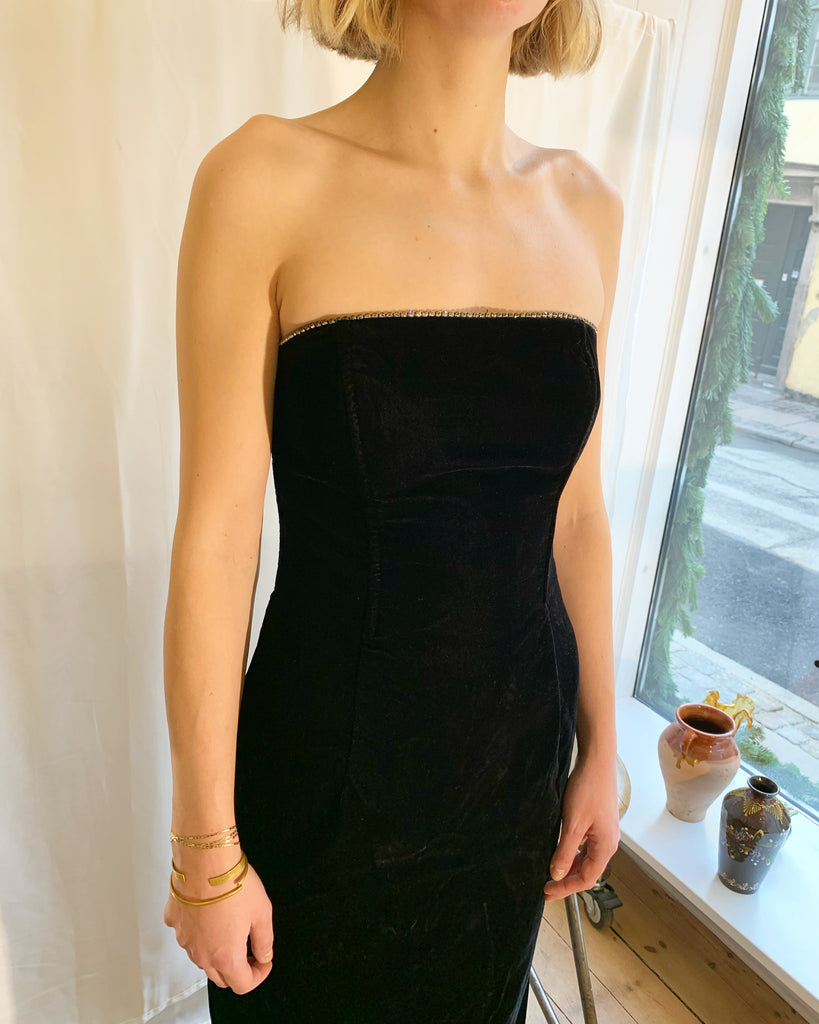 Black velour dress with pearls