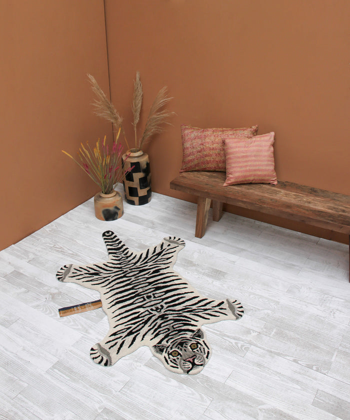 Snowy Tiger Rug Small