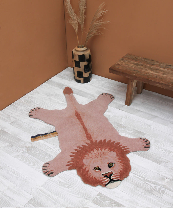 Pinky Lion Rug Large