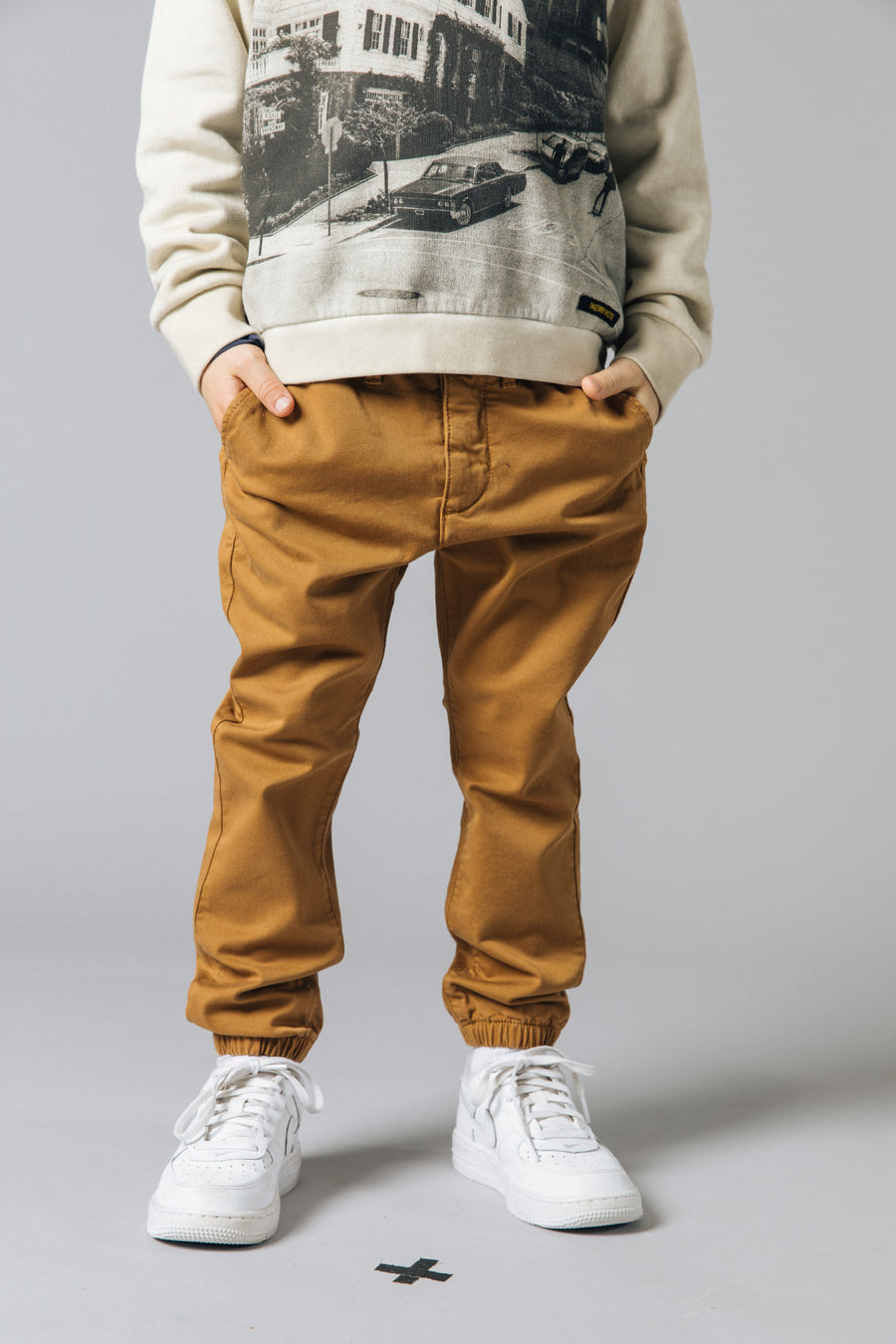 SCOTTY Caramel -  Woven Chino Fit Pants