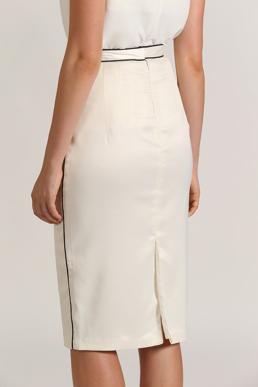 Contrast Binded Pencil Skirt | White