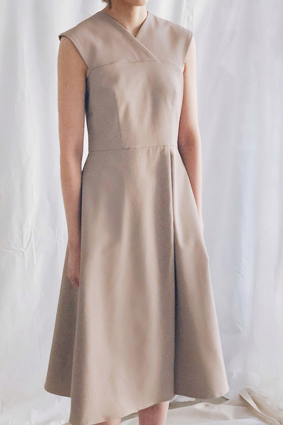 Cross Neck Midi | Beige