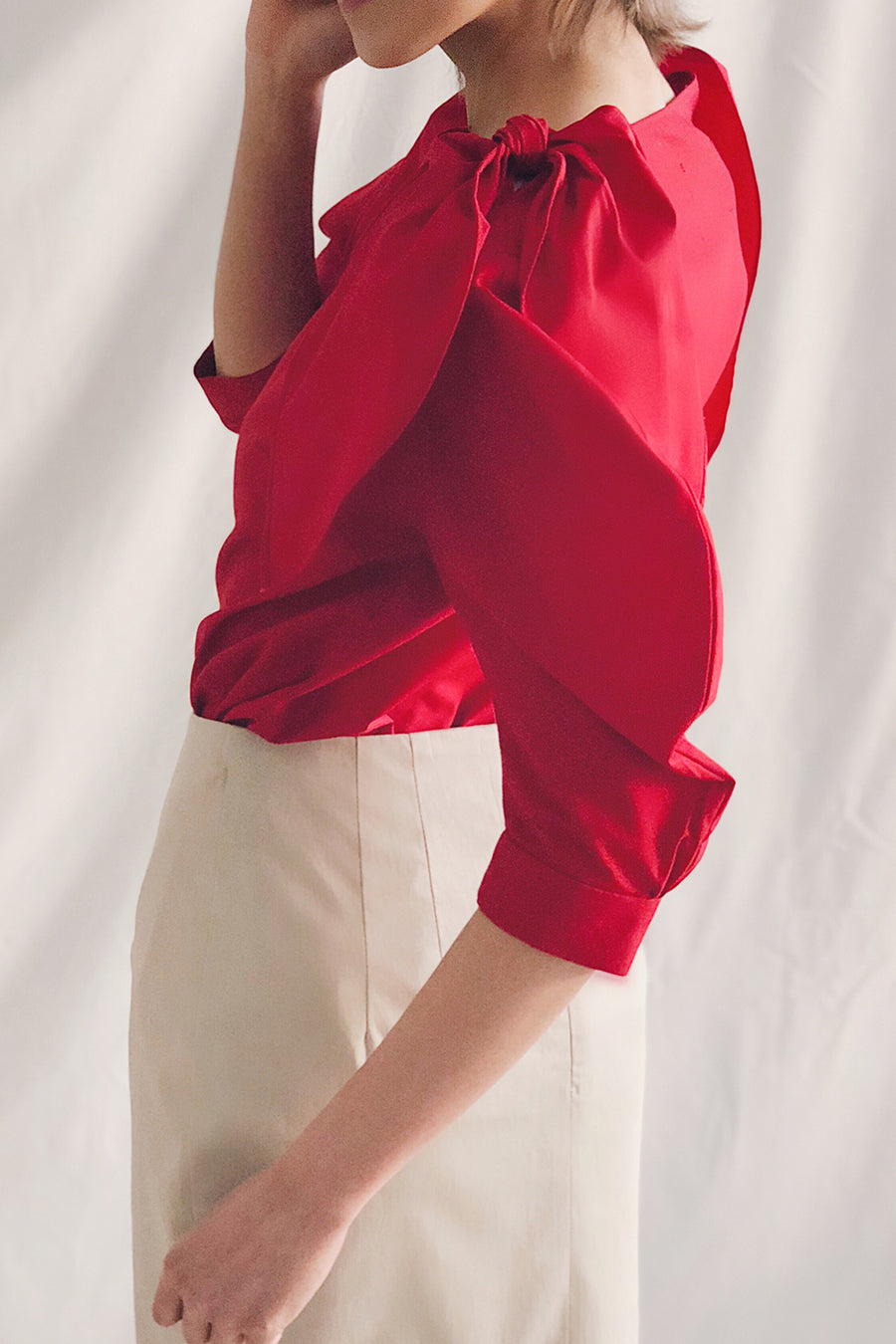 Tie Shoulder Scoop Neck Blouse | Red