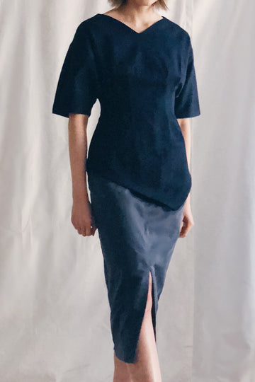 Batwing Asymmetrical Hem Top | Navy