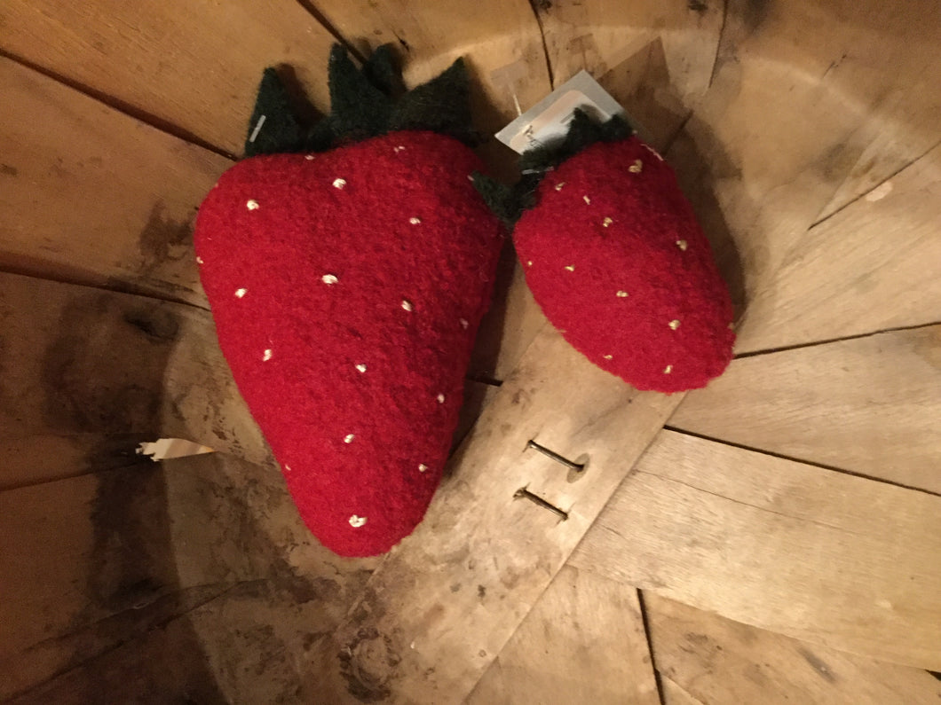 Wool Strawberry