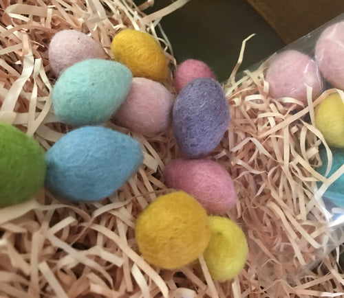100% Wool Felted Eggs, Set of 10 small eggs with ''grass''
