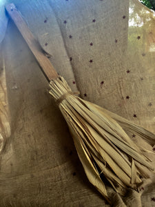 Corn Husk Broom, make-do
