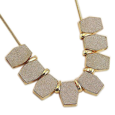 Ultra Modern Elegant Vogue Statement Necklace