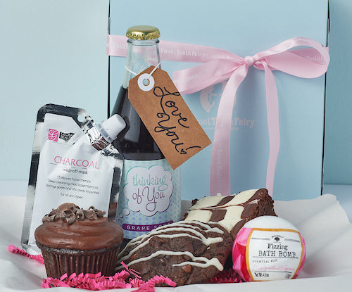Sweet For Her Gift Package