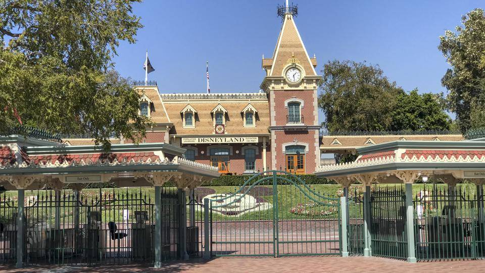 Disneyland to Become COVID-19 'Super' Vaccination Location