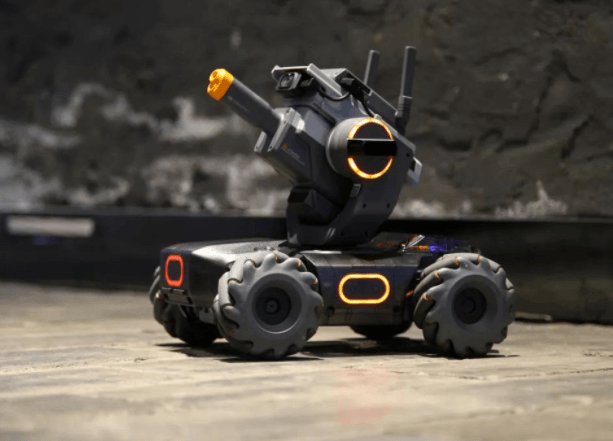 Review : DJI The RobMaster S1 , the amazing teach & entertainment Robot