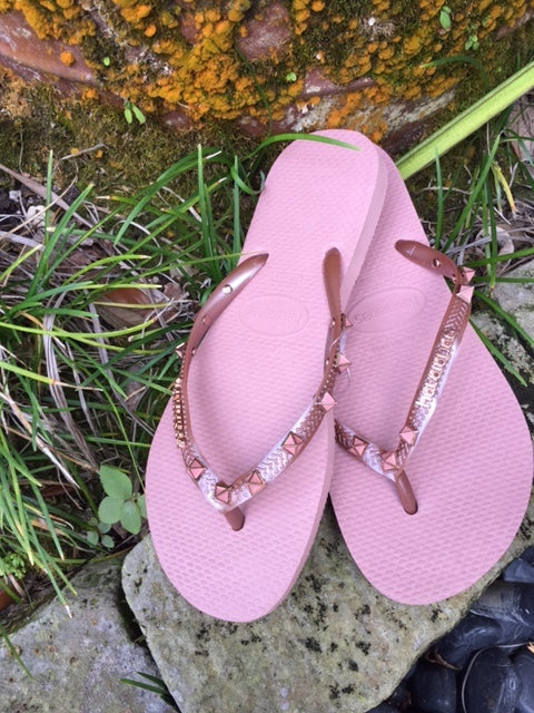 Havaianas Slim Hardware in Crocus Rose