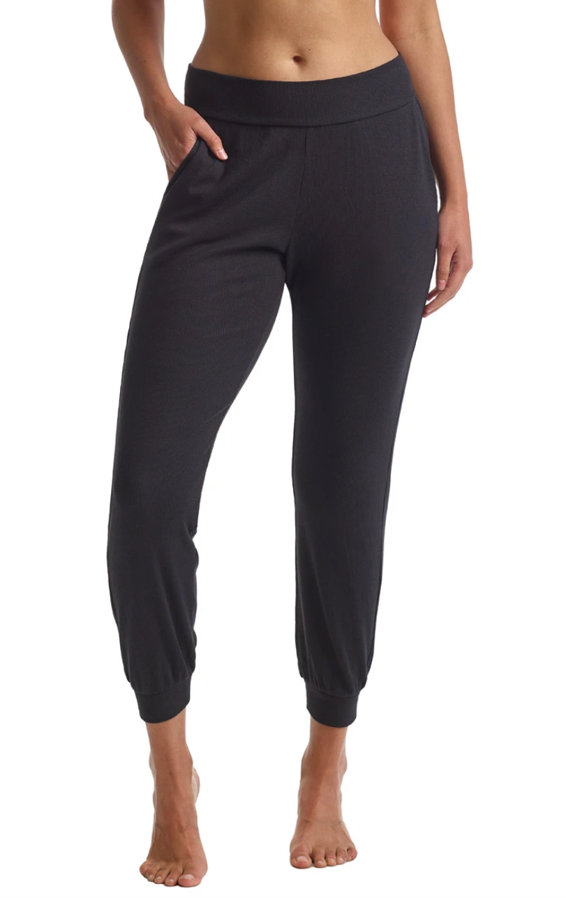 Luxury Ribbed Jogger in Black | 4sisters1closet