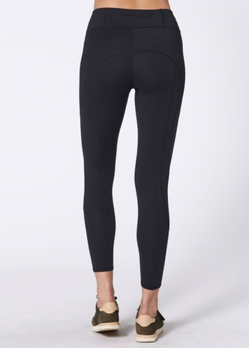 NUX Sprint Crop in Black | 4sisters1closet