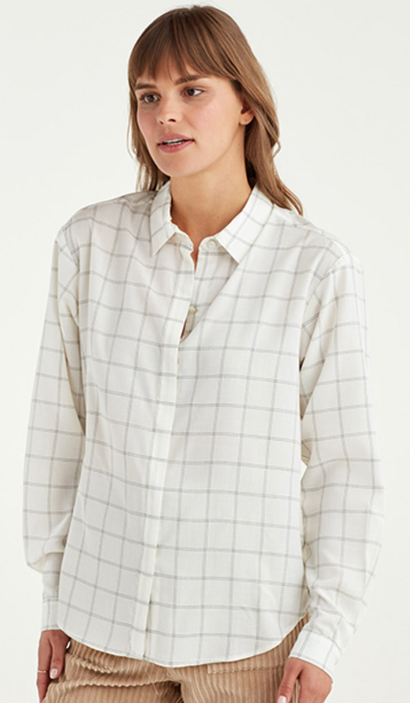 York Street Back Pleat Blouse | 4sisters1closet
