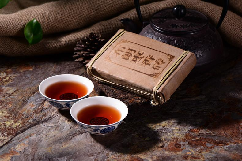 250g Pu Er Tea Cooked Old Pu'er Tea Brick Brown Fragrant Brick Menghai Pu-erh Tea