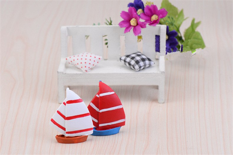 XBJ186 Mini 2pcs Resin sailboat decoration supplies moss micro landscape deco  Garden deco Creative handicrafts