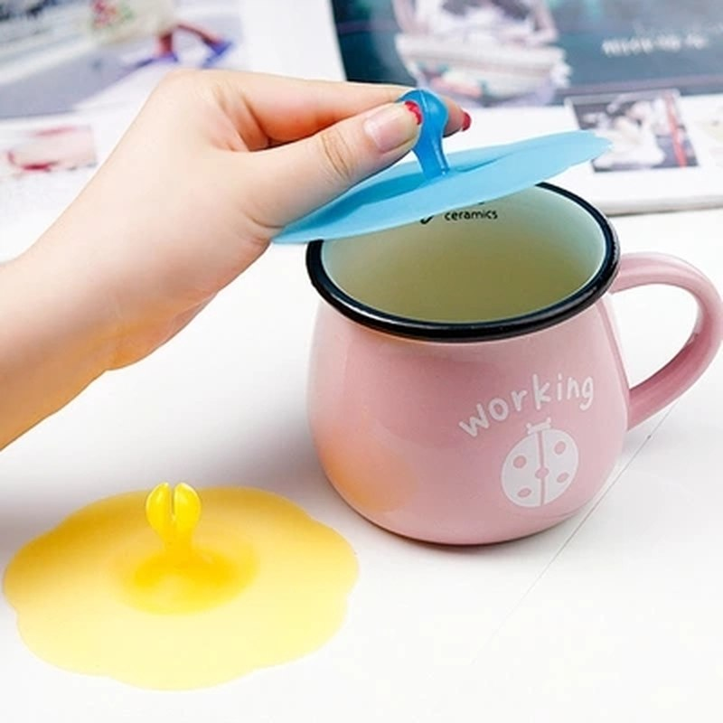 1 Piece Hot Silicone Novelty Water Lid Anti-dust Cup Cover Novelty Gift Can Be Fixed a Spoon Coffee Suction Seal tea