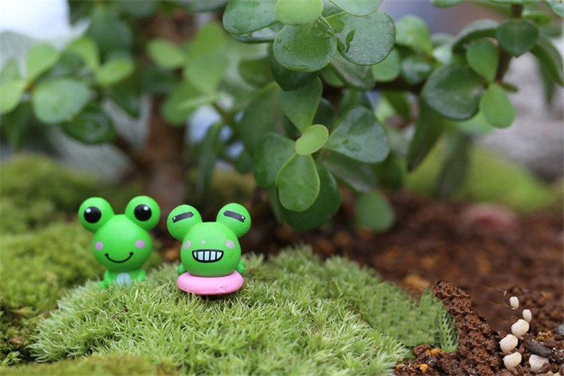 XBJ049 Mini Artificial Frog 2Pcs  Decoration Accessories Fairy Garden Miniatures DIY Craft Micro Landscaping Decor for Garden