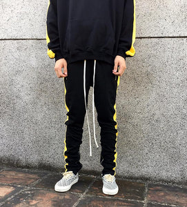 """Stripe Jogger Botton"""