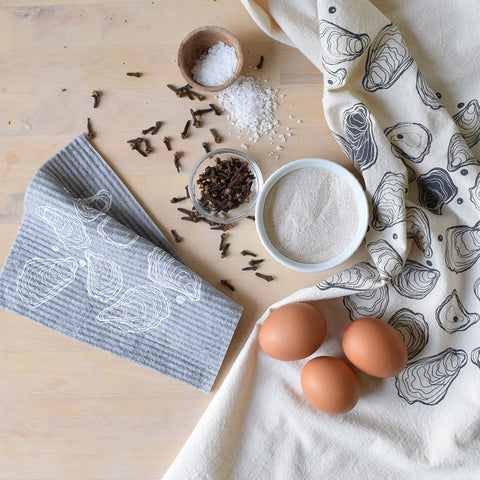 Oysters print cotton tea towel and Swedish dishcloth gift set.