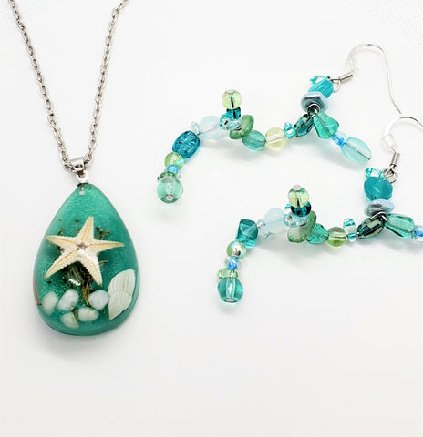 "Ocean Inspired Jewelry Set - Real Starfish, Driftwood, Seaweed and Seashell Pendant and ""Wave"" like Beaded Earrings"