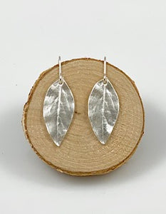 FIVE ISLAND STUDIO - Fine Silver Medium Blueberry Earrings
