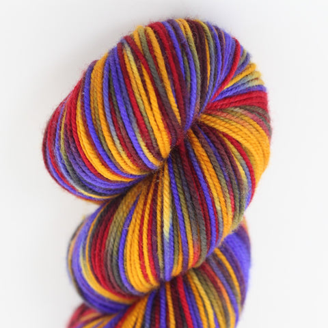 AOC Colorway;<br>Tahoma Yarn<br>DK-Weight;<br>100 % SW Merino;<br>4 oz Skeins