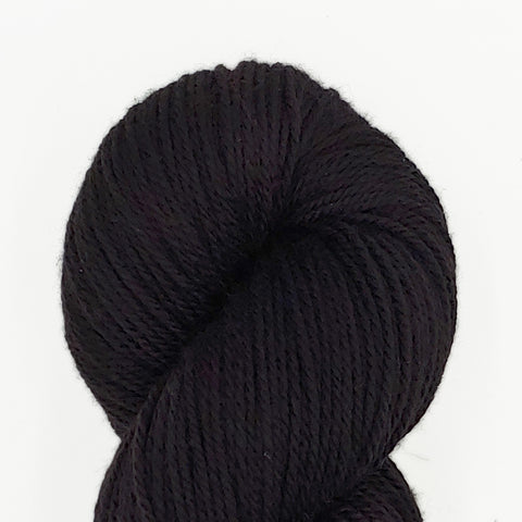 Black color; Dakota Yarn<br>Worsted Weight<br>Targhee 100
