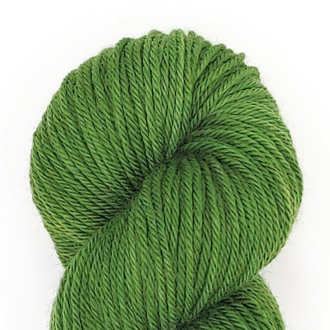Clover Color; <br>Worsted Weight Yarn;<br>100% Superwash Merino