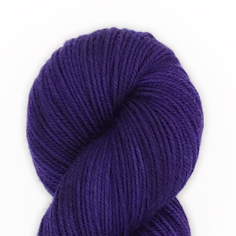 Ink Color; <br>Tahoma Yarn;<br>DK-Weight;<br>100 % SW Merino