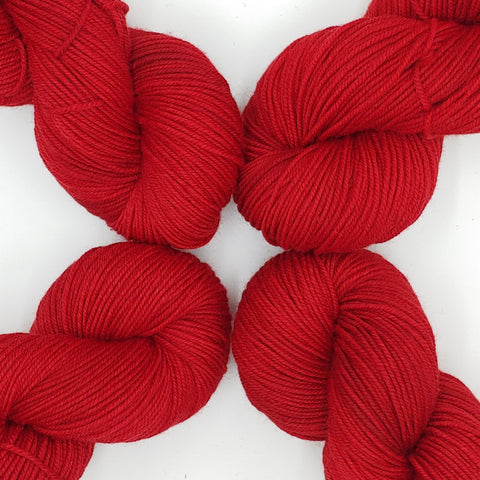 Red Color; <br>Tahoma Yarn;<br>DK-Weight;<br>100 % SW Merino