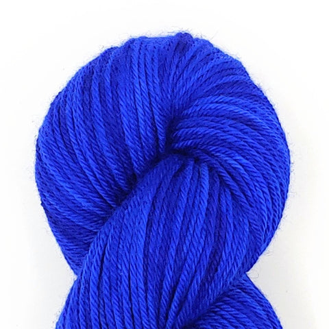 Royal Color; <br>Worsted Weight Yarn<br>100% Superwash Merino