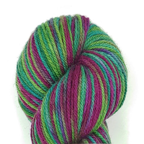 Vino Colorway; <br>Dakota Yarn;<br>Worsted Weight;<br>Targhee 100