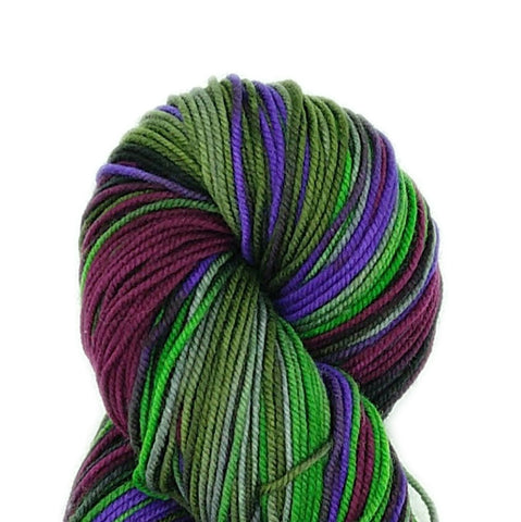 Vinyard Colorway;<br>Tahoma Yarn;<br>DK-Weight;<br>100 % SW Merino<br>4 oz Skeins