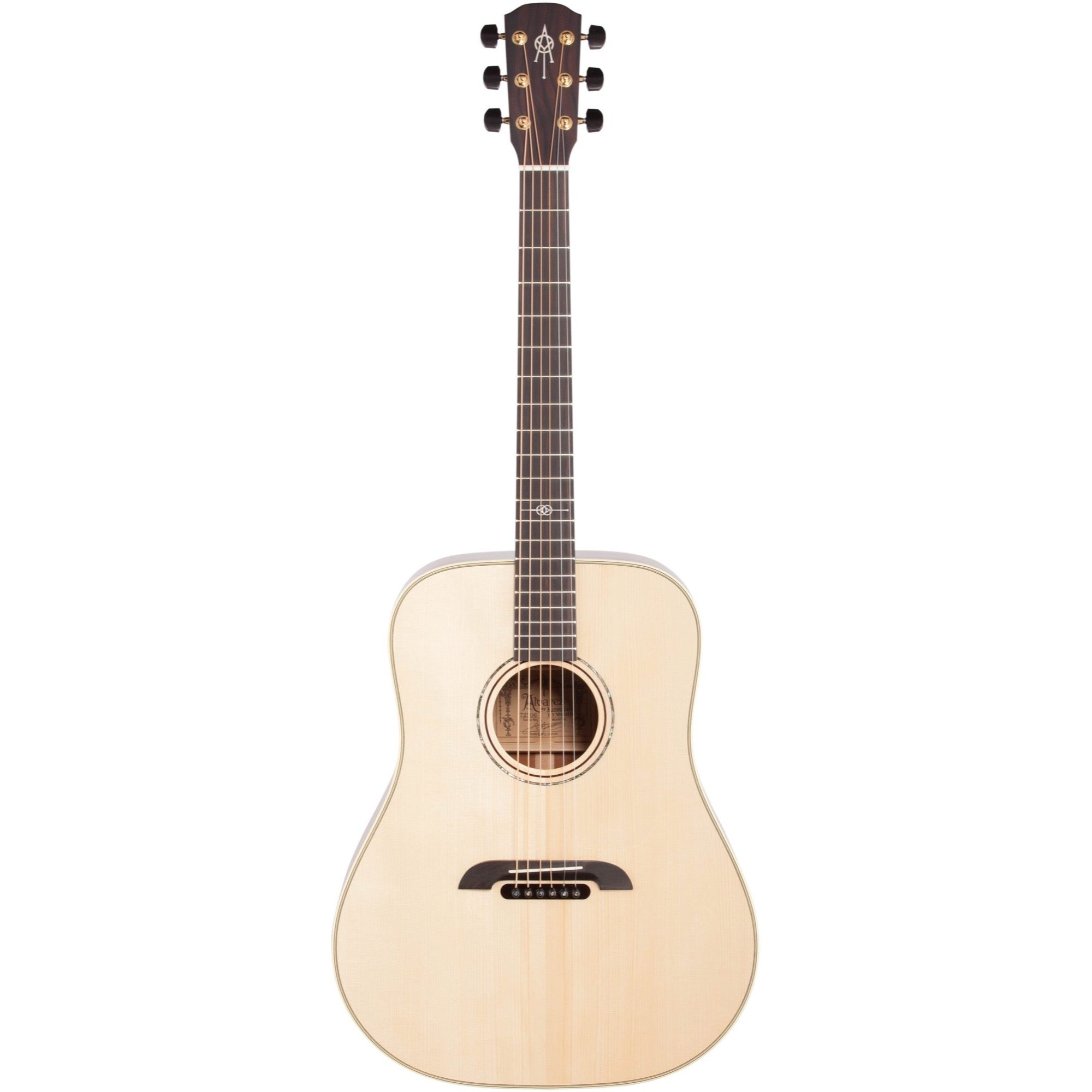 Alvarez Yairi DYM60HD Masterworks Acoustic Guitar (with Case)