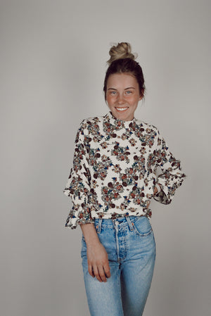 Pursue Floral Print Long Sleeve Blouse